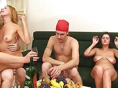 Amateur Group Sex Old and Young